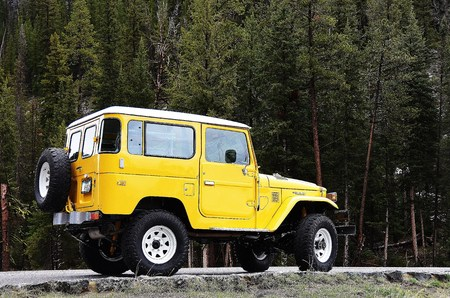 BJ42 Yellowstone